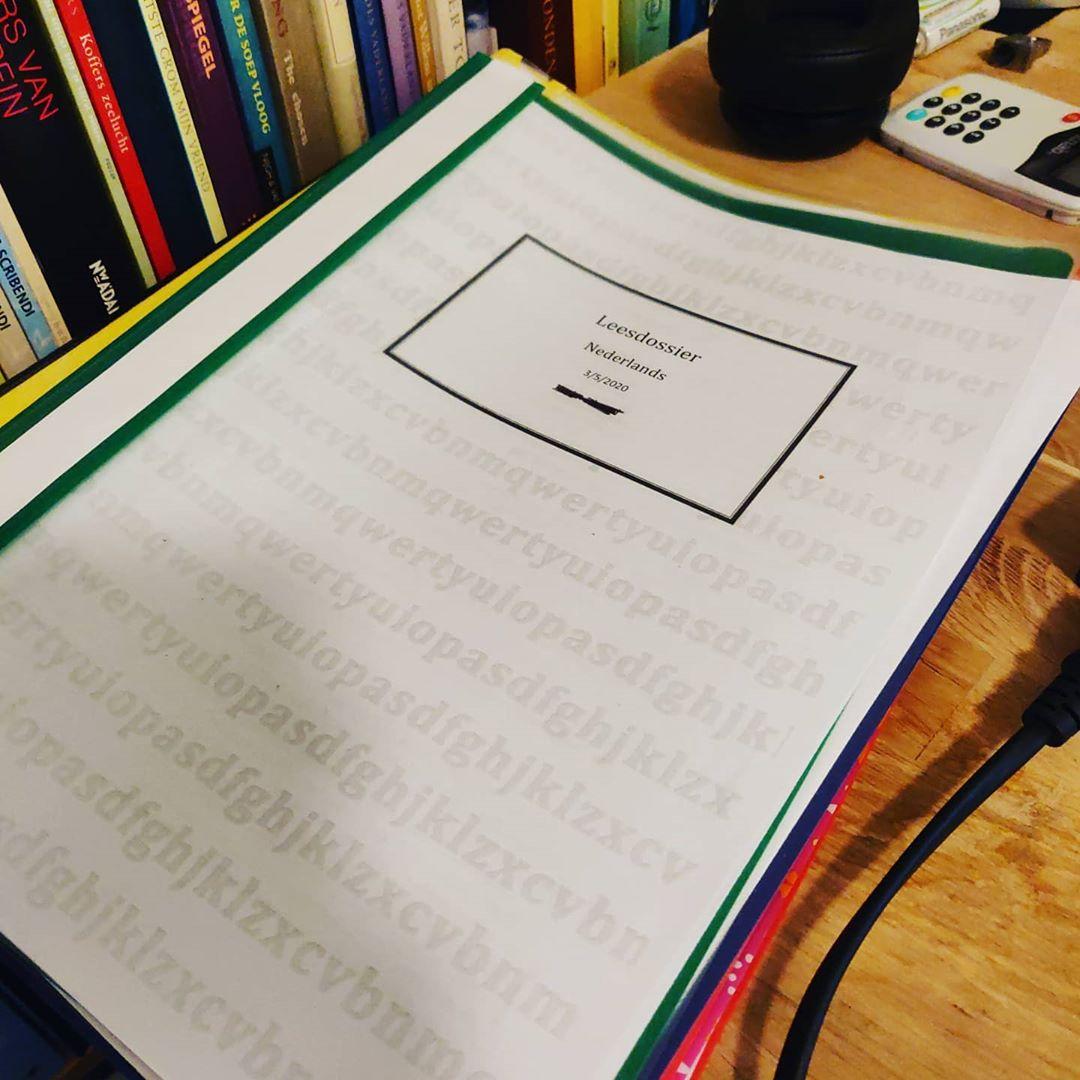 Laatste mondelingen vanuit huis, nog twee dagen, dan zitten mijn 70 stuks erop. #corona #covid_19 #covıd19 #nederlands #Knip #onderwijs #literatuur
